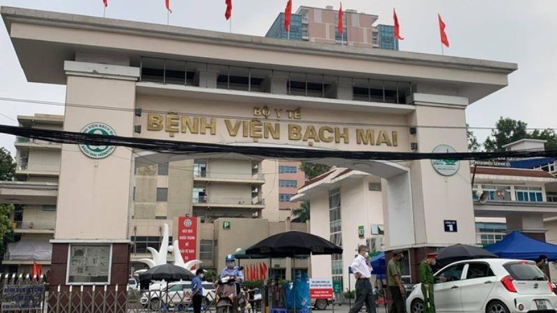 """Kiểm soát chặt chẽ """"ổ dịch"""" ở Bệnh viện Bạch Mai."""