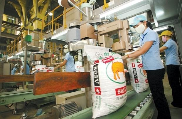 Hà Nội tìm hướng gỡ khó cho các doanh nghiệp thức ăn chăn nuôi