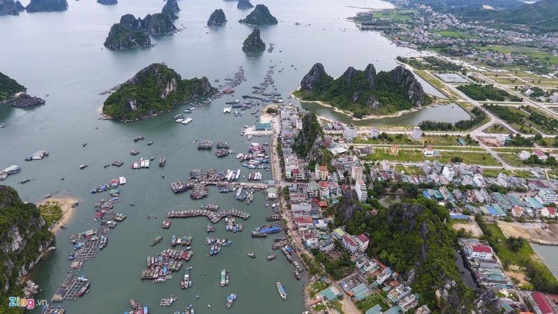 Cảng Cái Rồng - trung tâm kinh tế của Vân Đồn.