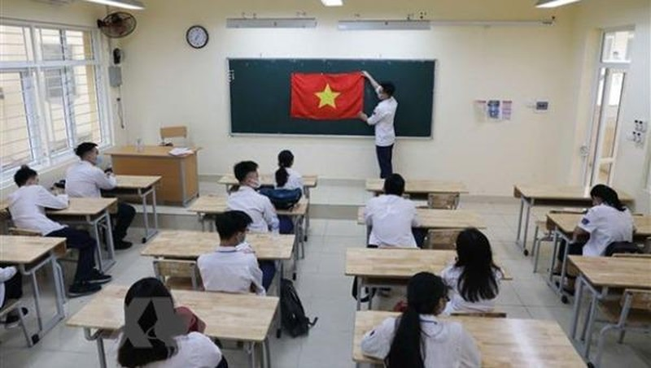 Từ hôm nay - 4/5, học sinh Hà Nội đã đi học trở lại. (Ảnh: TTXVN)