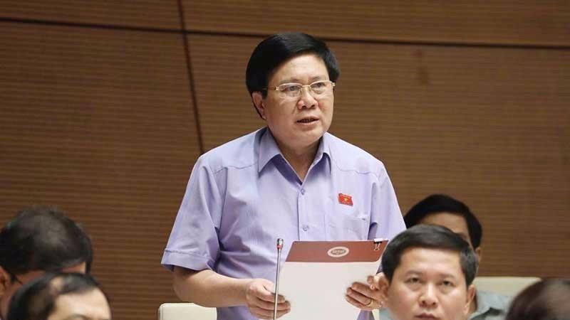 Đại biểu Cao Đình Thưởng.