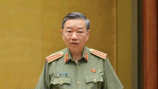 Bộ trưởng Tô Lâm: Sẽ bỏ sổ hộ khẩu, sổ tạm trú giấy