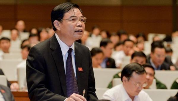 Để giảm nhiệt giá thịt lợn, Bộ trưởng Nông nghiệp khuyến cáo dân ăn thịt gà