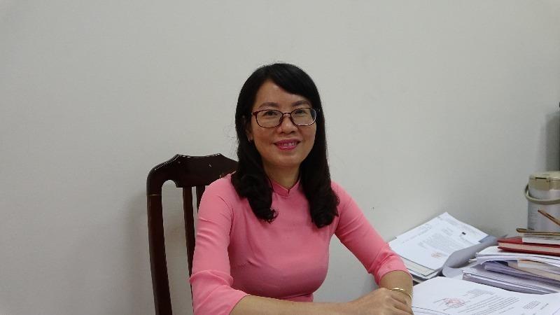 Bí thư Chi bộ, Phó Vụ trưởng Phan Thị Hồng Hà.