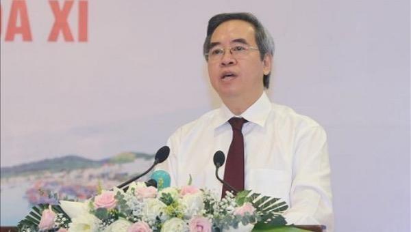 Trưởng Ban Kinh tế Trung ương Nguyễn Văn Bình phát biểu khai mạc Hội nghị.