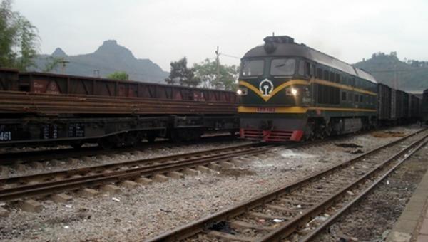 Một chuyến tàu từ Hà Nội đến Đồng Đăng, Lạng Sơn.