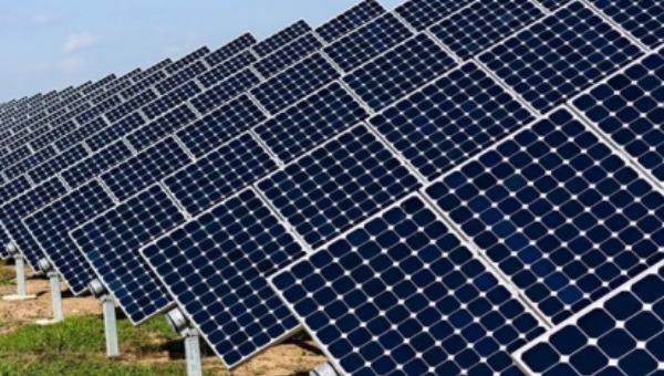 Một dự án điện mặt trời ở Ninh Thuận. (Ảnh minh họa)