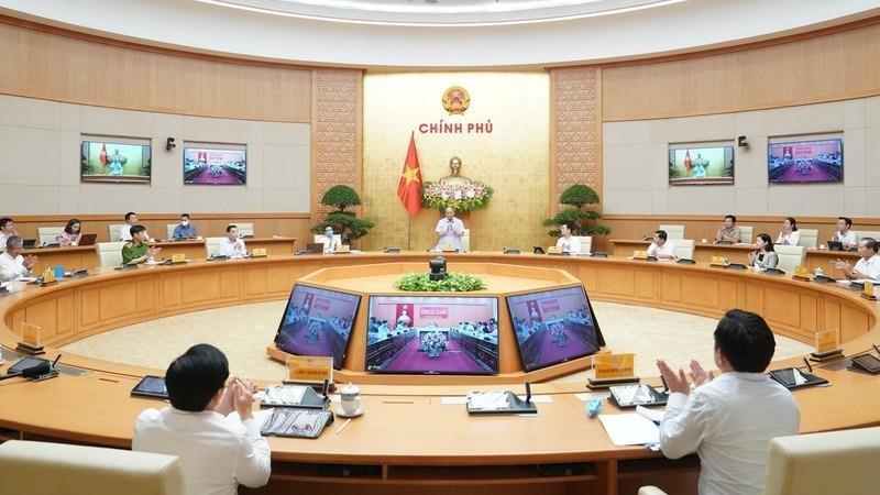 Thủ tướng phê bình 33 bộ, địa phương đạt tỷ lệ dịch vụ công trực tuyến thấp