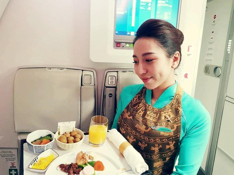 Nhãn lồng Hưng Yên đã xuất hiện trên khoang Thương gia của Vietnam Airlines