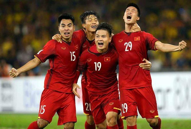 Vetcombank sẽ thưởng cho đội tuyển Việt Nam 1 tỷ đồng nếu nâng cao Cup vô địch đêm nay.