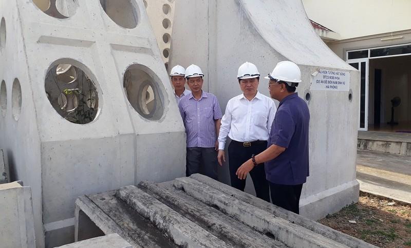 Tổ chức khảo sát công nghệ giải pháp kỹ thuật mới ứng dụng ở biển Cà Mau