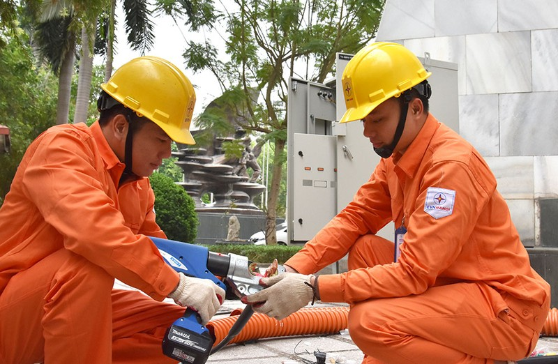 EVNHANOI đã chuẩn bị nhiều nguồn dự phòng để đảm bảo cung cấp điện an toàn cho Hội nghị Thượng đỉnh Mỹ - Triêu Tiên