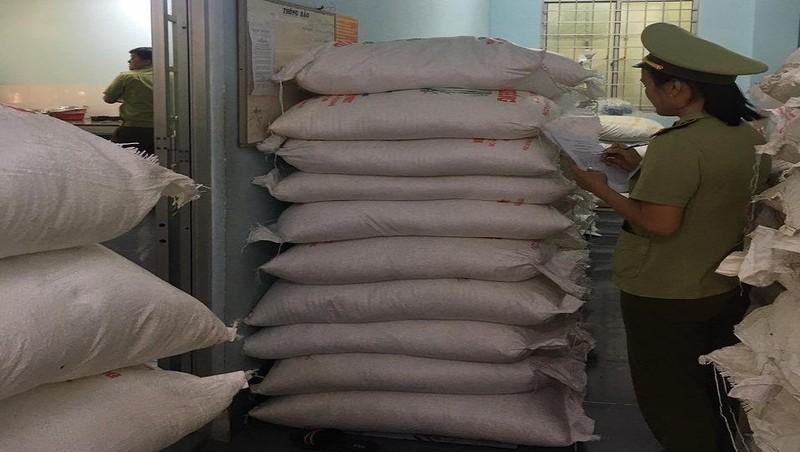 An Giang: Tiếp tục tịch thu 8 tấn đường Thái Lan nhập lậu