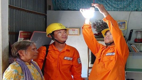 Ngành điện tiếp tục tổ chức Tháng tri ân khách hàng