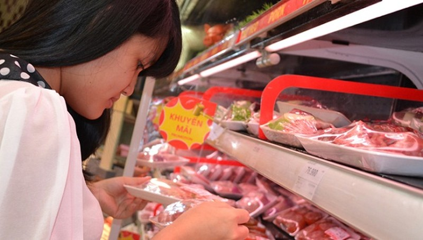 Big C giảm giá đến 25% thịt lợn ở siêu thị miền Bắc