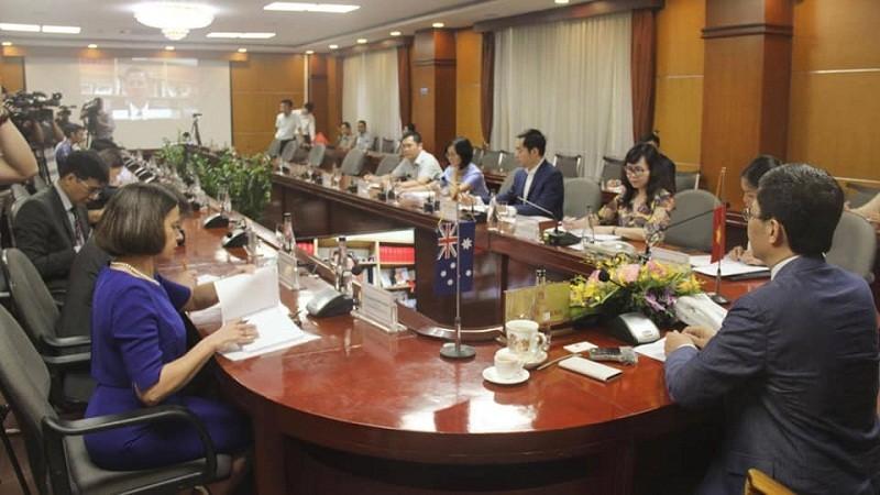Đề nghị Úc sớm mở cửa cho nông sản và trái cây tươi của Việt Nam
