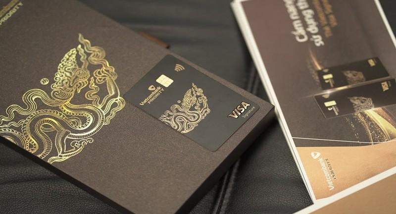 Thẻ Vietcombank Visa Signature nhận được giải thưởng thẻ tín dụng tốt nhất Việt Nam