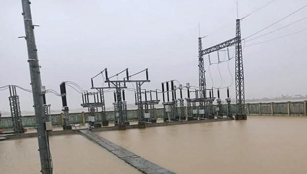 Tạm thời bị cắt điện ở một số khu vực ảnh hưởng bởi mưa lũ