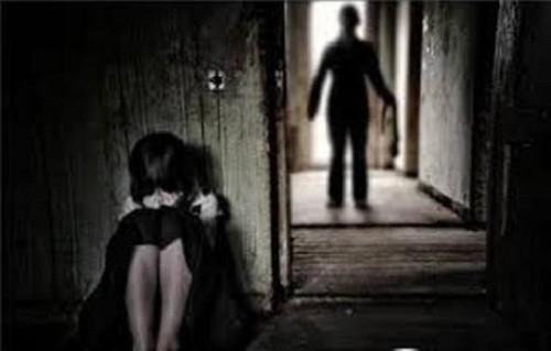 Bé gái 8 tuổi bị xâm hại tình dục