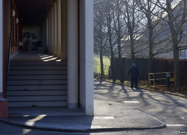 Bắt nữ nhân viên nhà dưỡng lão đầu độc chết 6 người