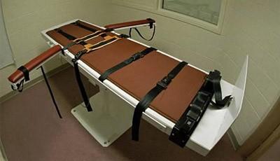 Tử tù được hoãn thi hành án vì thiếu thuốc độc