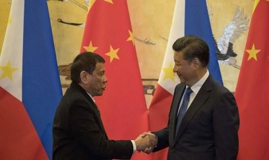 Tổng thống Philippines Duterte và Chủ tịch Trung Quốc Tập Cận Bình.