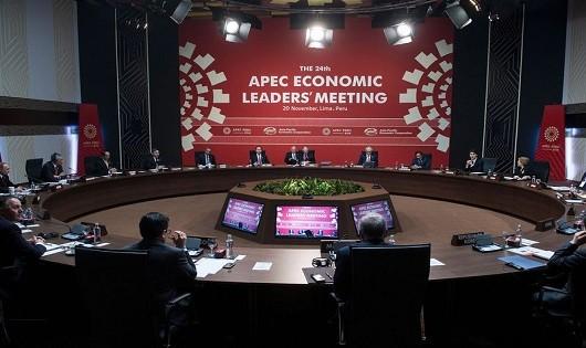 Lãnh đạo APEC kêu gọi hướng tới tự do thương mại