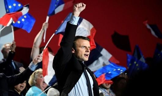 Tân Tổng thống Pháp – người chuyên phá vỡ những quy tắc truyền thống