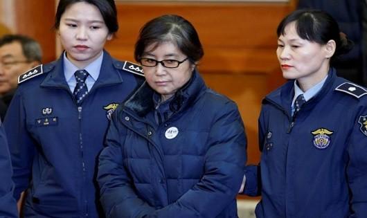 Bạn thân cựu tổng thống Hàn Quốc nhận án