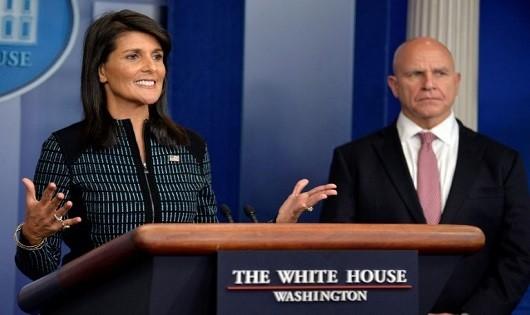 Mỹ đe dọa 'hủy diệt' Triều Tiên