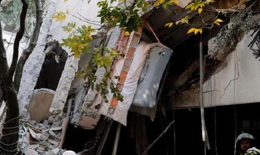 Nhà cửa tang hoang sau động đất ở Mexico.
