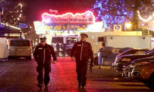 Đức phát hiện vật nghi bom tự chế tại chợ Giáng sinh