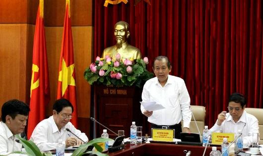 Phó Thủ tướng thường trực Chính phủ Trương Hòa Bình phát biểu tại Hội nghị