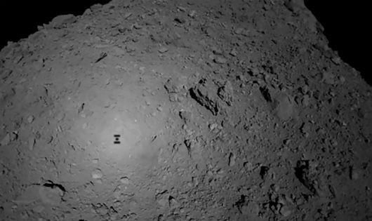 Tàu thăm dò vũ trụ của Nhật Bản đưa robot mới lên khám phá tiểu hành tinh