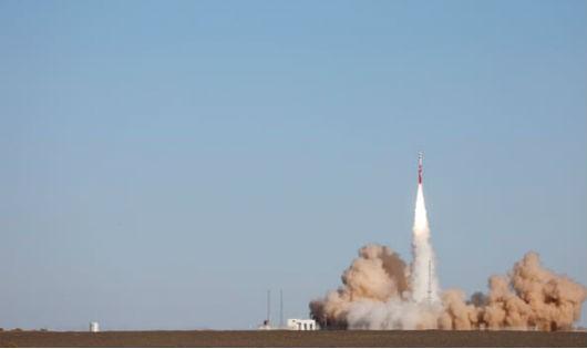 Trung Quốc thất bại trong vụ phóng thử tên lửa thương mại nội địa đầu tiên