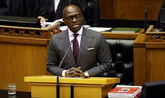 Bộ trưởng Nam Phi 'khốn đốn' vì clip 'nóng' tự quay với vợ