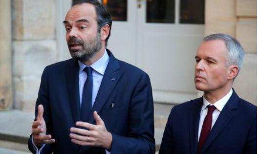 Thủ tướng Pháp Edouard Philippe và Bộ trưởng sinh thái Francois de Rugy.