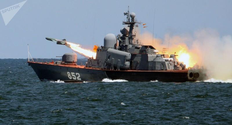 Tàu tên lửa duy nhất của Hải quân Ukraine mất... tên lửa