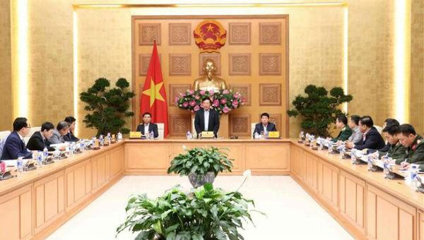 Phó Thủ tướng Chính phủ, Bộ trưởng Ngoại giao Phạm Bình Minh phát biểu tại phiên họp. Ảnh: TTXVN