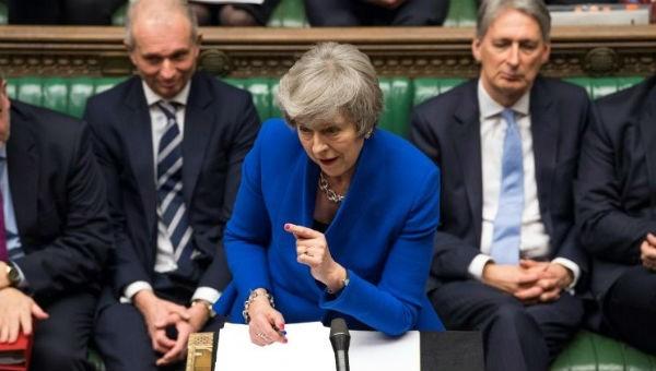 Thoát nguy cơ mất chức, Thủ tướng Anh tìm cách cứu vãn thỏa thuận Brexit