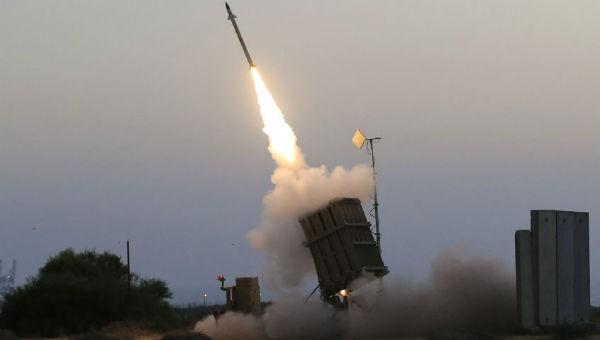 Syria bắn hạ hơn 30 tên lửa hành trình, bom dẫn đường của Israel