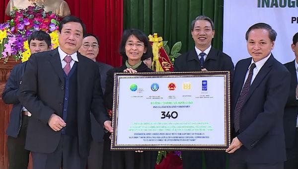 Bàn giao 340 căn nhà chống bão lụt cho người dân tỉnh Thanh Hóa
