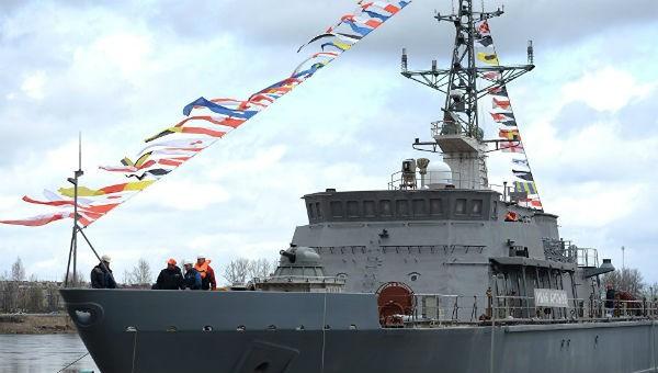 Hải quân Nga nhận tàu phá mìn trên biển có vỏ 'bền hơn thép'