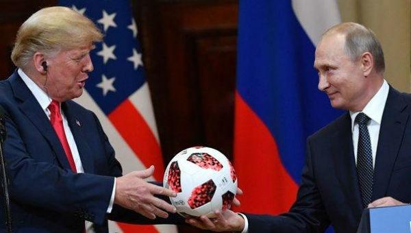 Người phát ngôn Tổng thống Nga tiết lộ khả năng ông Putin gặp ông Trump