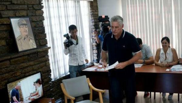 Người dân Cuba bỏ phiếu trưng cầu ý dân về thông qua Hiến pháp mới