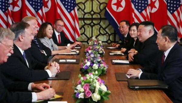 Phái đoàn Mỹ - Triều Tiên tại cuộc gặp ngày 28/2.
