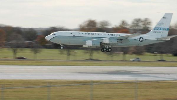Máy bay của Không quân Mỹ bay qua lãnh thổ Nga