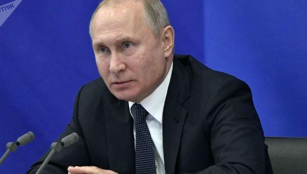 Tổng thống Nga Vladimir Putin có lịch trình làm việc dày đặc.