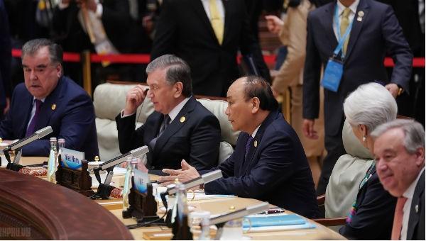 Việt Nam – Trung Quốc ký 5 văn bản liên quan đến kinh tế