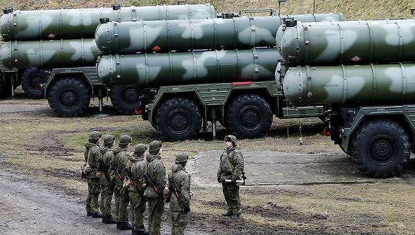Hệ thống phòng không S-400 của Nga.